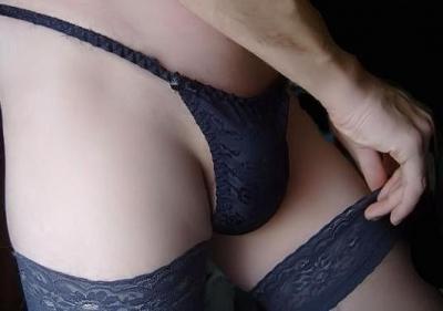kontakte-parni-v-chulkah-seks-krossdresser-krasnih-negrityanskih